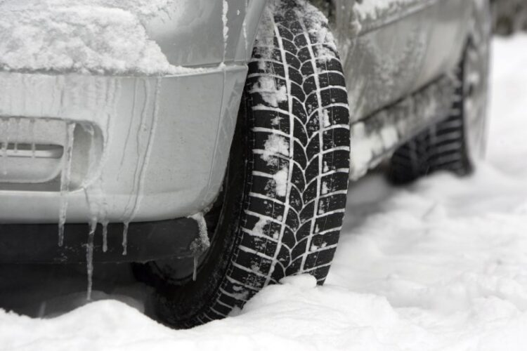 winter driving, snow ice cold